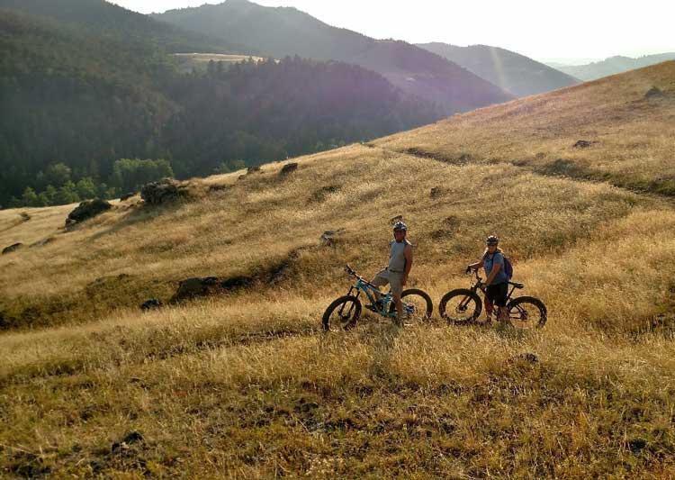 fat-tire-fall-biking-northeast-wy