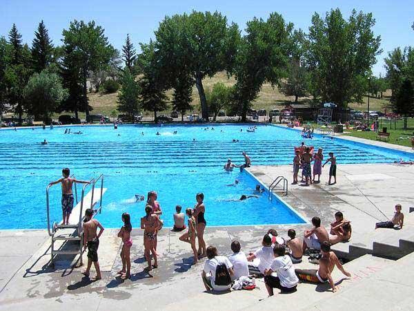 free-swimming-pool-buffalo-wy